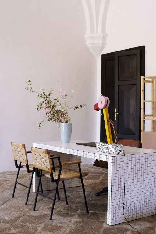 Life Unstyled tiled desk